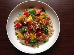 Rýže se zeleninou a žampiony