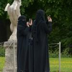 burka-117514_640
